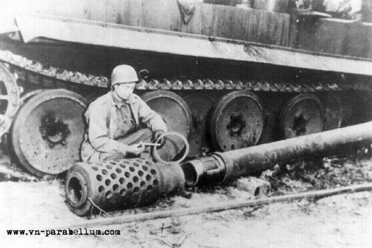 танк Е-100 - Panzerkampfwagen E-